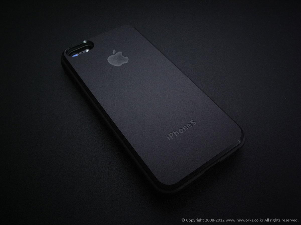 iphone_backcover_3.jpg